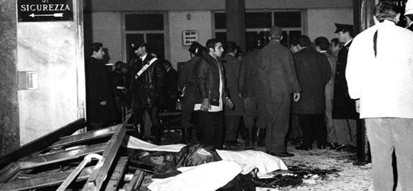 Venerdì 12 dicembre 1969, ore 16,37: strage neofascista in piazza Fontana