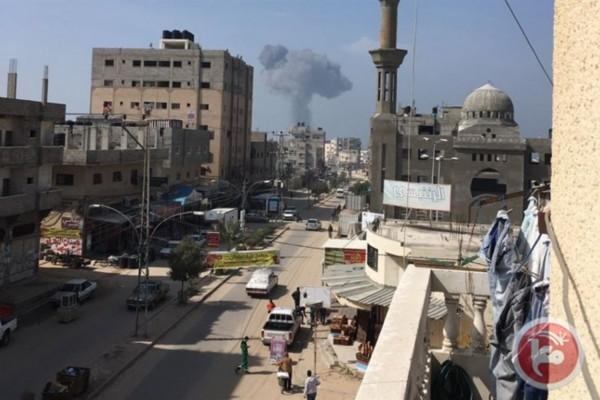 Israele bombarda la Striscia di Gaza: 4 feriti
