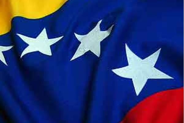 Il mondo si mobilita di fronte alla campagna mediatica contro il Venezuela