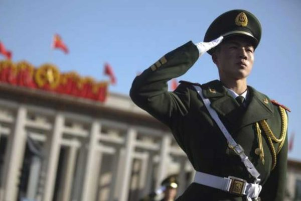 Ministero degli Esteri cinese: gli Stati Uniti dovrebbero riflettere e controllare se stessi invece di fare osservazioni irresponsabili su altri Paesi.