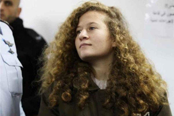 Resta in carcere Ahed Tamimi, simbolo della resistenza palestinese