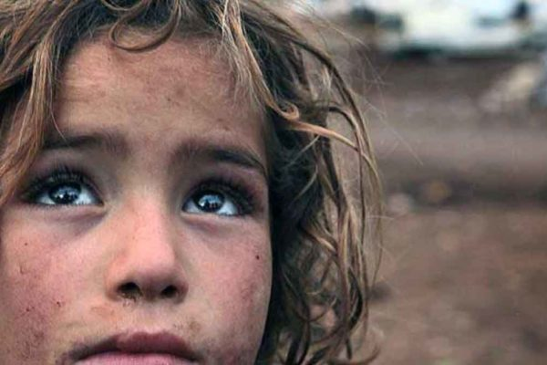 Il peso delle armi: l'allarmante rapporto Caritas sulle guerre nel mondo