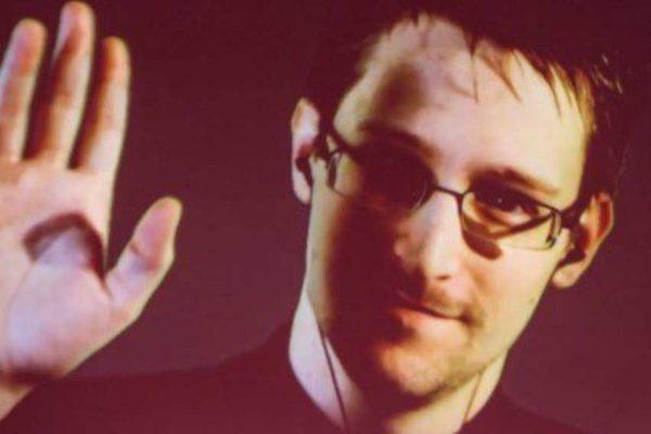 Intervista di Repubblica a Snowden: