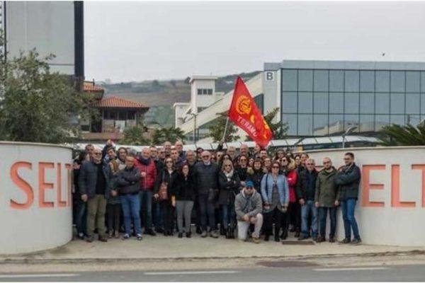 Crisi Selta, in scena lo sciopero «alla rovescia»
