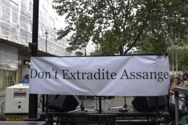 Le verità di Julian Assange
