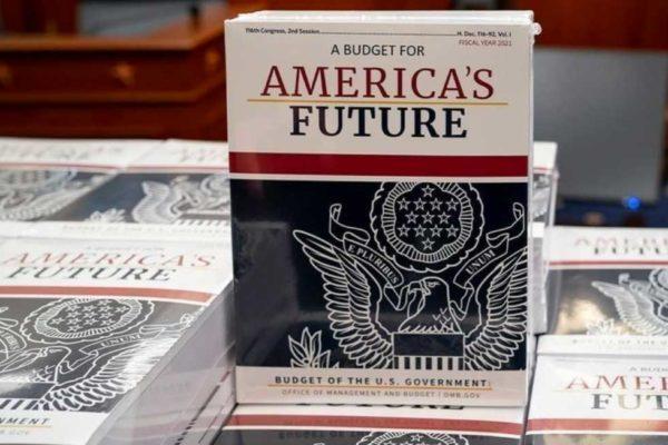 IL FUTURO DELL'AMERICA SEMPRE PIU' ARMATO