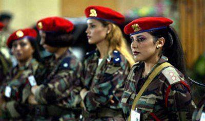 """La """"donna"""" nella Libia distrutta dall'occidente"""