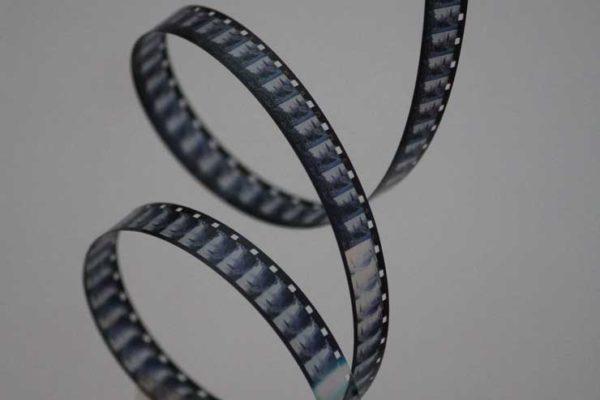CNA: Riaprire le sale cinematografiche