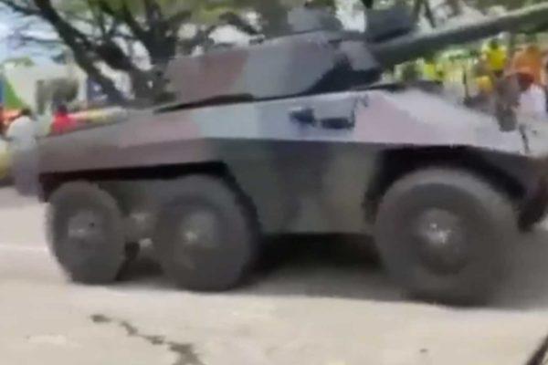 Colombia carri armati contro i manifestanti