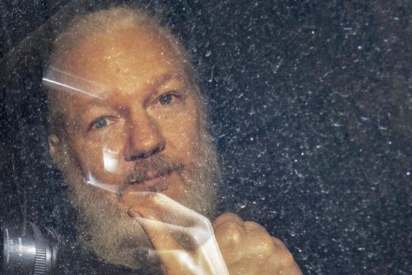 Il 27 e 28 ottobre si decide l'estradizione di Assange negli Stati Uniti