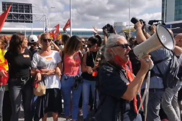 In 5000 a manifestare. Lavoratori Alitalia più forti della repressione e delle politiche liberiste di Draghi