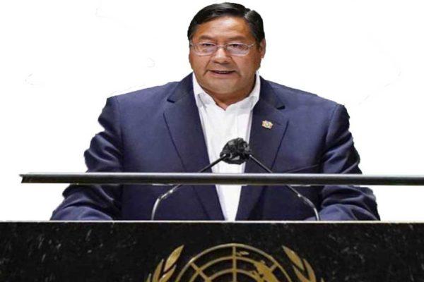 Il governo socialista boliviano rifiuta le ricette del FMI e restituisce il prestito chiesto dal governo della Áñez